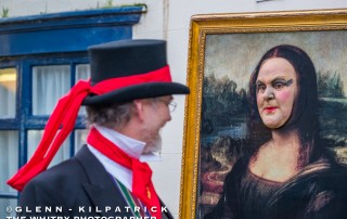 Whitby SteamPunk Weekend - Geoff Gilday Meets The Mona Lisa On Church Street.