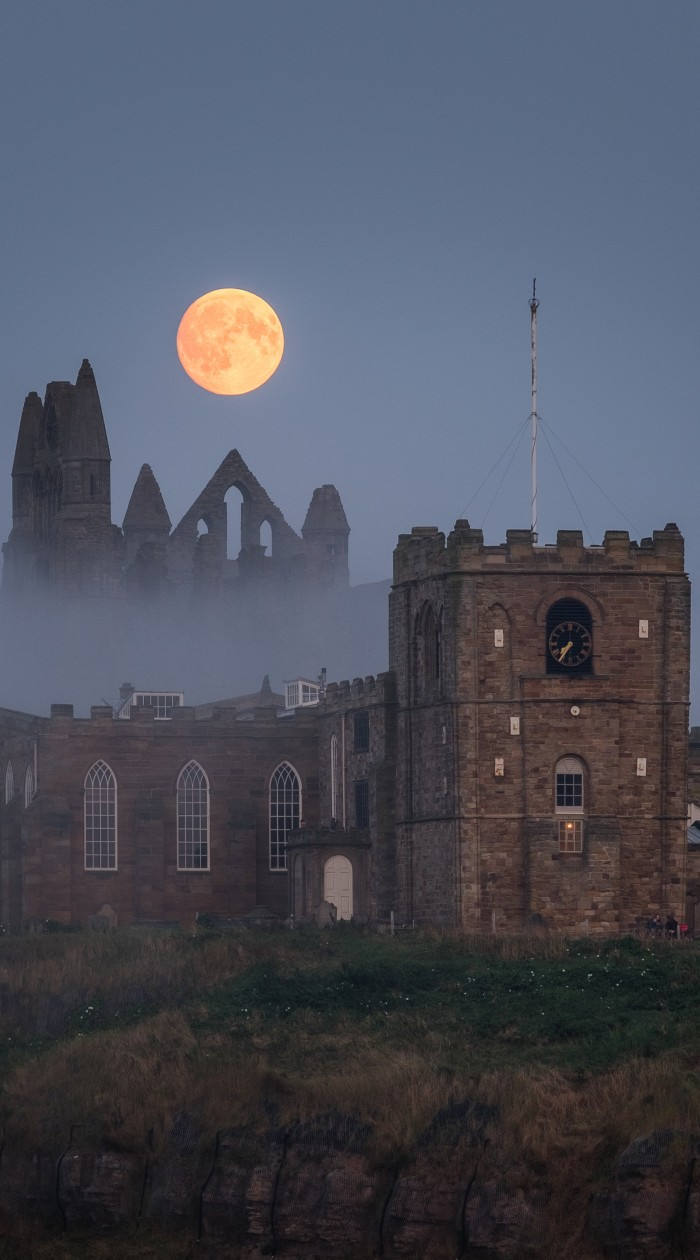 Misty Moon Rising At Whitby - A Whitby Phone Case