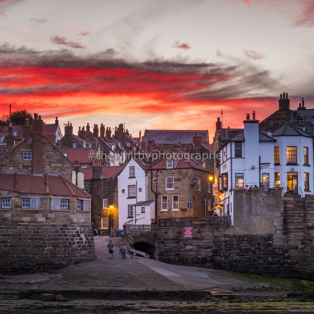 Square Canvas - Robin Hoods Bay Sunset